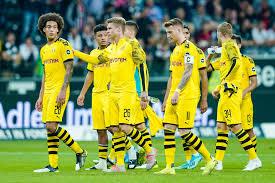 Dortmund, also known as, die borussen, have an established local rivalry with fc schalke as well as bayern munich. Borussia Dortmund Und Die Mentalitat Der Bvb Ist Manchmal Schwer Selbstverliebt Sport Tagesspiegel