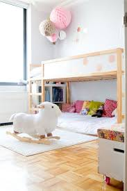 Letto Kura Montessori : Idea when we can flip the kura bed to a loft sew lots of bright