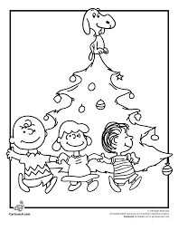 Small Picture Charlie Brown Christmas Tree Coloring Page with Snoopy Lucy and