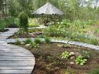 Как красиво оформить садовый участок