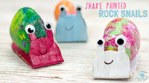 Rock decorating ideas Yard And If Youre Going To Make Pet Rock Dont Forget About The Place For The Pet Rocks To Live In These Pet Rocks And Houses Are Great Idea By The Best Ideas For Kids 15 Fun Pet Rock Ideas The Best Ideas For Kids