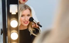 getting it right with your makeup can sometimes be a daunting task simply because not all of us are professional makeup artists you might think that the