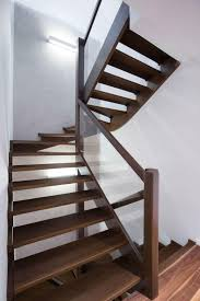 wood and glass stairway railing