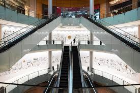 dubai mall apple opening date