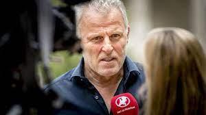 Reporter Peter R. de Vries erliegt nach Attentat seinen schweren  Verletzungen