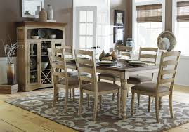 Country Dining Room Sets - Amish oak dining room furniture