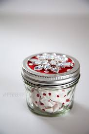 Decorating Jelly Jars Gift Giving with Styled by Tori Spelling Whipperberry 78