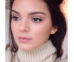 here s kendall jenner s flawless foundation tip look