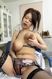 Natural big breast chines porn