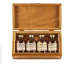 widow jane heirloom collection gift set bourbon whiskey new york usa label