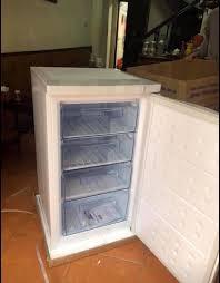 Siêu phẩm tủ đông đứng cửa trước nhà em... - Tủ Lạnh Mini Hòa Phát