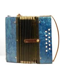 How To Play The 12 Bass Accordion Our Pastimes