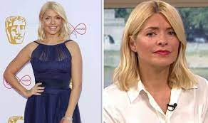 Holly marie willoughby (born 10 february 1981) is an english television presenter and model, best known for her television work with itv. Holly Willoughby This Morning Star In Unlikely Career Admission I Felt So Uncomfortable Celebrity News Showbiz Tv Express Co Uk