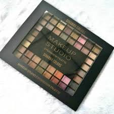sivanna colors makeup studio eyeshadow palette with 100 beautiful shades