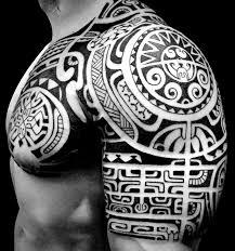 Maori Tattoo Braccio Uomo