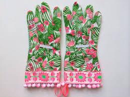 Small Picture Die besten 25 Tropical gardening gloves Ideen auf Pinterest