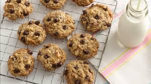 Oatmeal Chocolate Chip Cookies Recipe Bettycrockercom