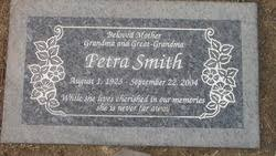 Petra Smith (1923-2004) - Find A Grave Memorial