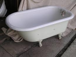 old bathtub with feet ideas