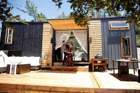 tiny house california. After Welcoming Their Baby Girl A Year Ago, Bela And Spencer Wanted To Put Down Roots. So, They Bought Tiny House (300 Square Feet, Be Exact) Found California T
