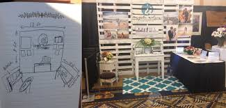 creating a pallet wall for a wedding expo photography booth Wedding Expo Maui wedding expo booth palette wall wedding expo maine