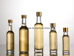 kitchen use small oil glass bottle with li