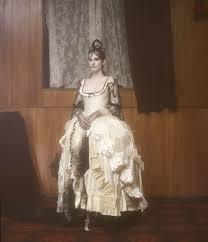 Dilara Findikoglu Alternativní Svatební Kolekce Modacz