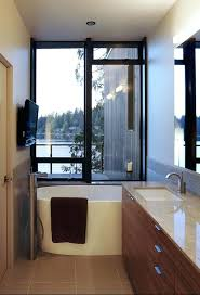 creative bathtubs for small spaces decor jetted bathtubs small spaces