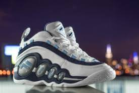 fila 2017 shoes. after returning for the first time ever in 2015, fila is set to bring back another original colorway of cult classic sneaker its 20th anniversary. fila 2017 shoes n
