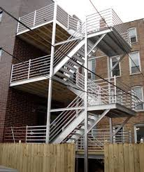 exterior staircase for an apartment building