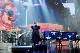 Elton John Million Dollar Piano Seating Chart Elton Johns Grand Return To Las Vegas A Hits Glitz Filled