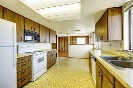 best ideas about linoleum kitchen floors on theflooringlady