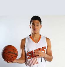 Surprisingly, the duo began their relationship in july 2018, and booker is currently associated with the phoenix suns of the nba. Devin Booker Dating Status Sister Parents Ethnicity College