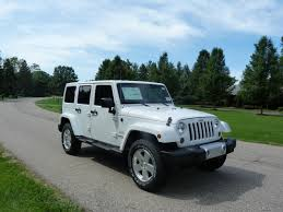 review 2012 jeep wrangler unlimited sahara