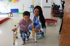 Importancia del manejo integral de niños y niñas con enfermedades crónicas  y el Covid19 - Instituto Roosevelt