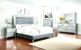 Mirror Bedroom Sets Mirrored Headboard Bedroom Set Ceiling Mirrors ...