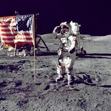 Cernan, l'ultimo uomo ad andare sulla Luna, a Rainews.it ...