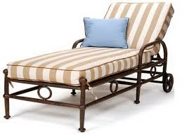 Patio Chaise Lounge Cushions Home pare Outdoor Chaise Lounge