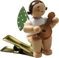 Wendt Kühn Engel Mit Mandoline Auf Klemme