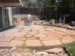 the good shape of flagstones patios. This Decomposed Granite With Flagstone Patio Is Not Done Correctly. Spaces Are Too Big And The Good Shape Of Flagstones Patios P
