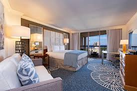 One Bedroom Balcony Suite Signature Rooms Suites Accomodations Naples Grande Beach Resort