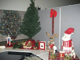 the office christmas ornament. Office Holiday Decorations. Scenic Decoration Ideas Decorations Ideasoffice Door Decorating Design The Christmas Ornament