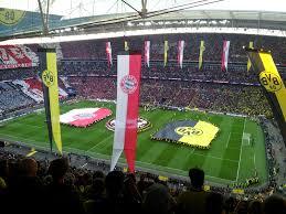 Bilder finden, die zum begriff stadion wembley passen. Wembley Stadion Medienwerkstatt Wissen C 2006 2021 Medienwerkstatt
