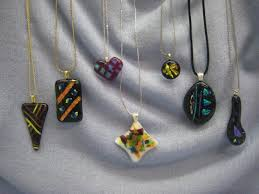 fused jewerly pendents class information