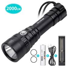 Brightest Dive Light 2015 Diving Flashlight Waterproof Scuba Diving Light 18650 With Cree Xhp35 Hd Led 5300k 4 Modes 2000 Lumens Underwater150m 164yard With Battery