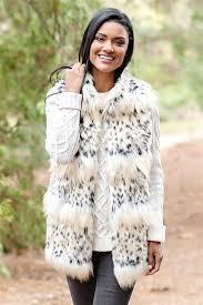 bobcat signature faux fur hook vest 3