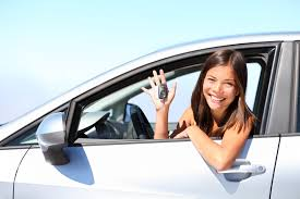 how to save on your recent grads auto insurance rates