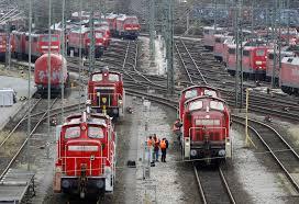 14 hours ago · düsseldorf. Bahnstreik Was Mache Ich Wenn Mein Zug Ausfallt