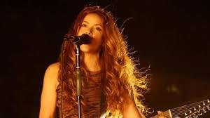 Shakira - La Tortura (Video) ft. Alejandro Sanz(9) - YouTube