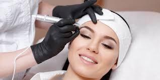 Permanentní Make Up Obočí Očních Linek A Rtů